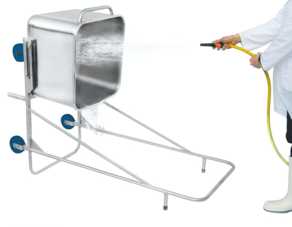 Cleaning Device for Euro Tubs – 100047